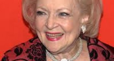 Betty White,s life story, as a Tv actress,comedian and writer.