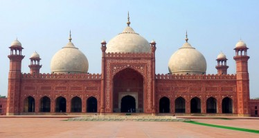 Badshahi Mosque -The Historical Place
