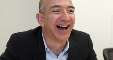 Jeff Bezos (CEO Amazon.com)